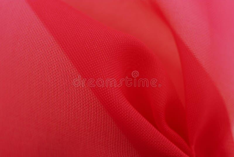 Tissu rouge d'organza photographie stock libre de droits