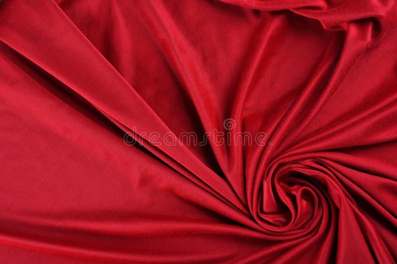 Tissu rouge de satin image libre de droits