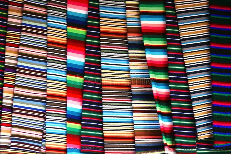 Tissu tibétain coloré images stock