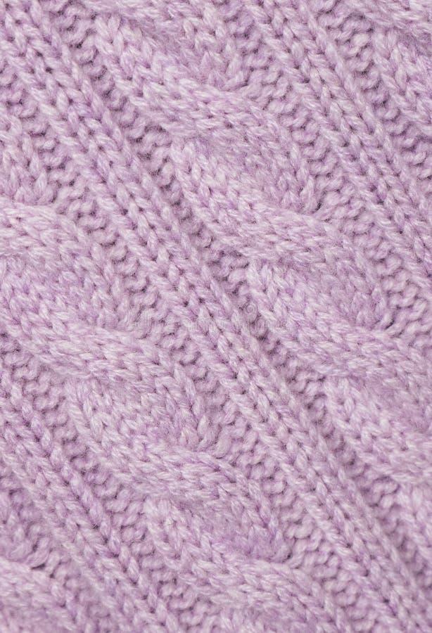 Tissu tricoté par lilas. photos libres de droits