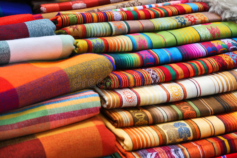 Tissus traditionnels (péruviens) d'Ecuadorian photographie stock
