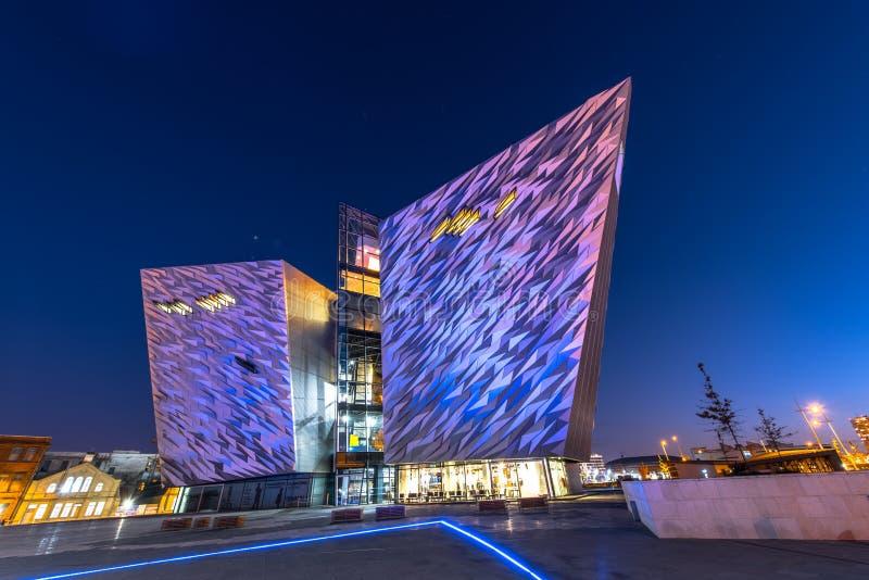 Titanische Besuchermitte im titanischen Viertel, Belfast stockbilder