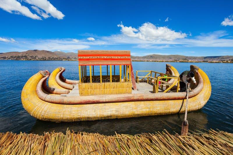 Titicaca lake royaltyfria bilder
