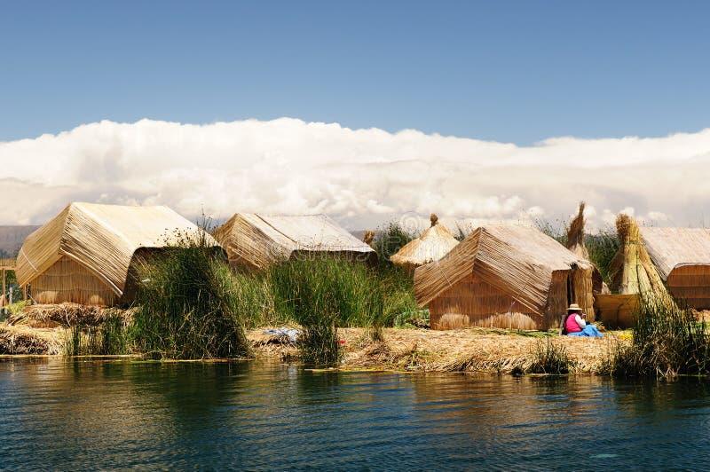 Titicaca lake, Peru, flottörhus öar Uros fotografering för bildbyråer