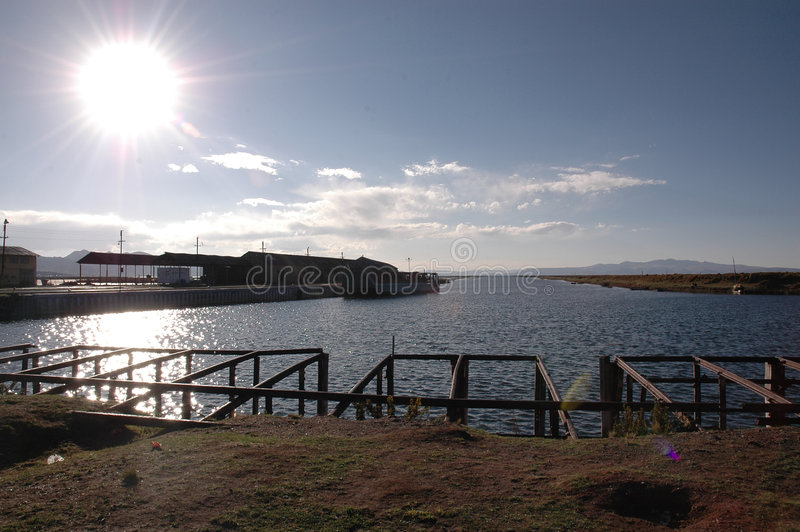 Titikaka ensolarado do lago fotos de stock royalty free