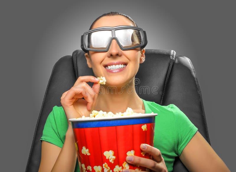 Tittare som håller ögonen på bion 3D arkivbild