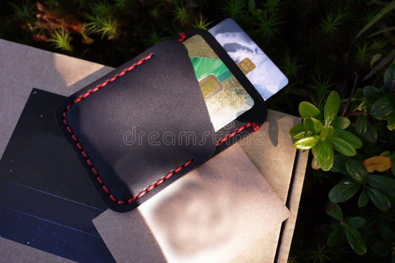 Titulaire de carte pour des cartes de banque et des cartes de visite professionnelle de visite D?tails et plan rapproch? photo stock