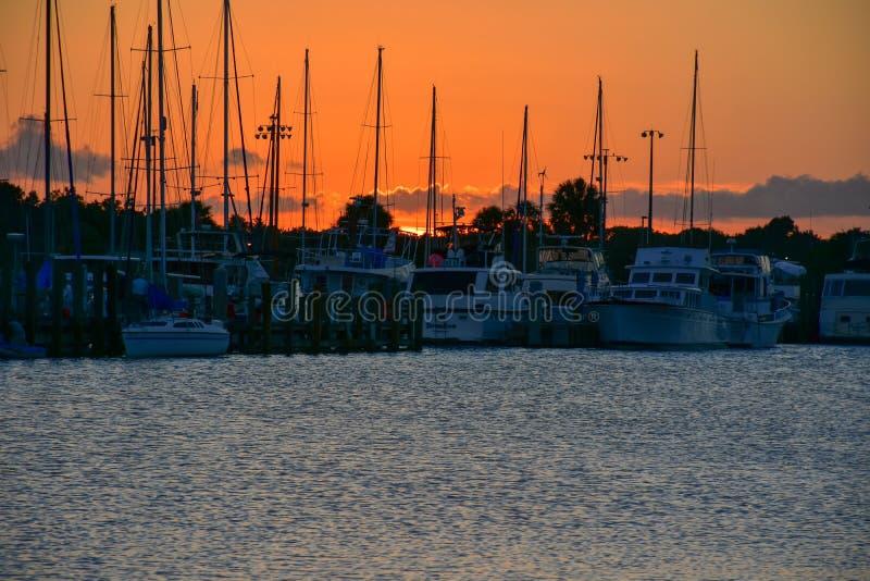 Titusville Florida solnedgång arkivfoto