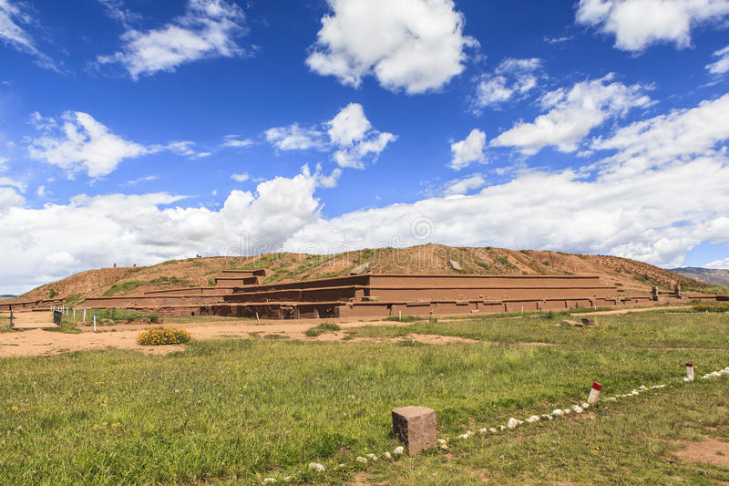 Tiwanaku arv i Bolivia royaltyfri fotografi