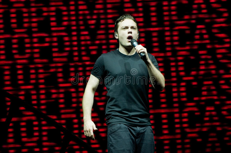 Download Tiziano Ferro editorial photography. Image of sing, music - 14594482