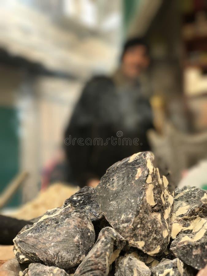 Tizzoni brucianti nel mercato a Gerusalemme - ISRAELE fotografia stock libera da diritti