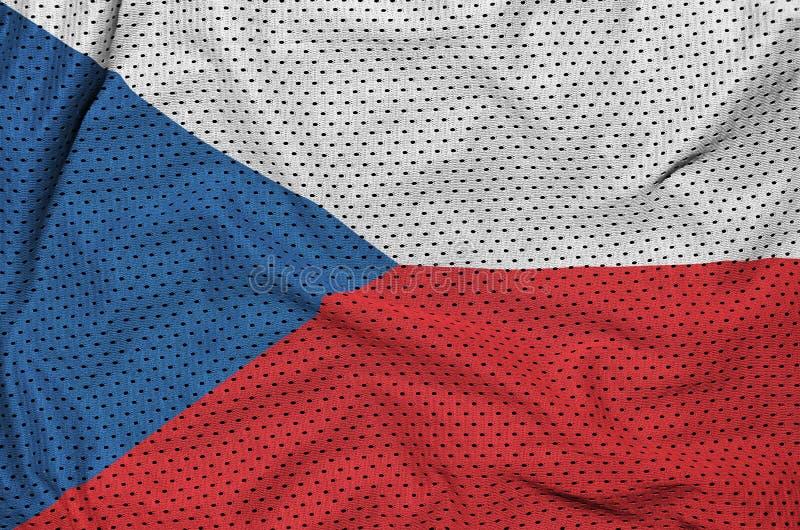 Tjeckienflagga som skrivs ut på ett ingrepp för polyesternylonsportswear royaltyfri bild