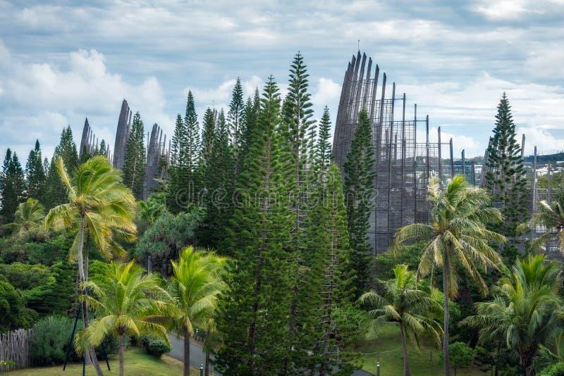 Tjibaou Cultural Centre, en plats för konst och natur royaltyfri fotografi