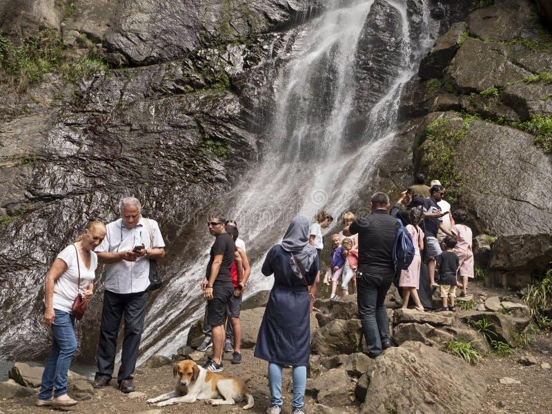 Tkhilnari vattenfall royaltyfri fotografi