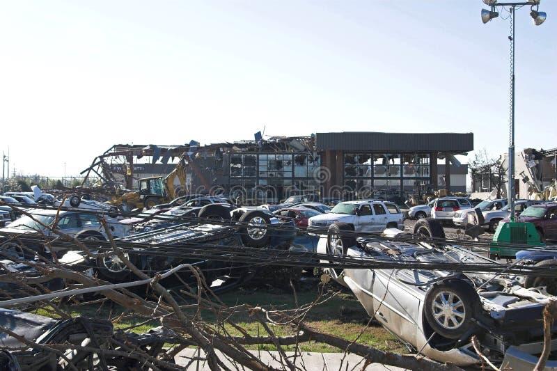 tn 14 uszkodzenia tornado. zdjęcia royalty free