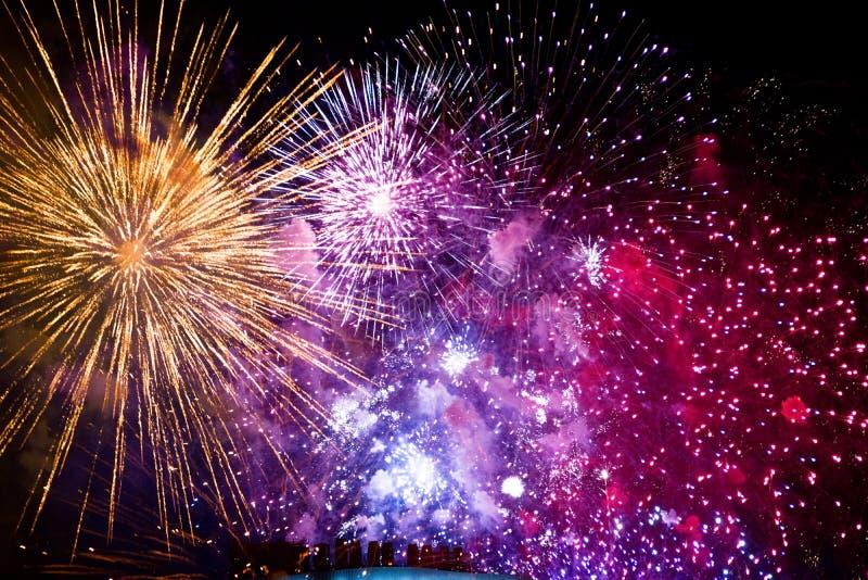 4to de los fuegos artificiales de julio en Boston mA imagenes de archivo