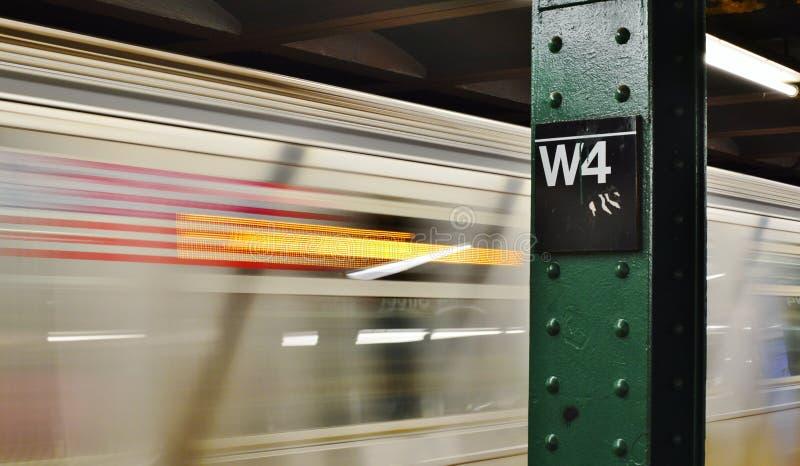 4to transporte del oeste del tránsito de la ciudad de la estación de metro de NYC Soho imagenes de archivo