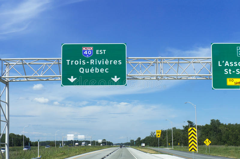 To Trois-Rivières, Québec Highway Road Sign stock photography