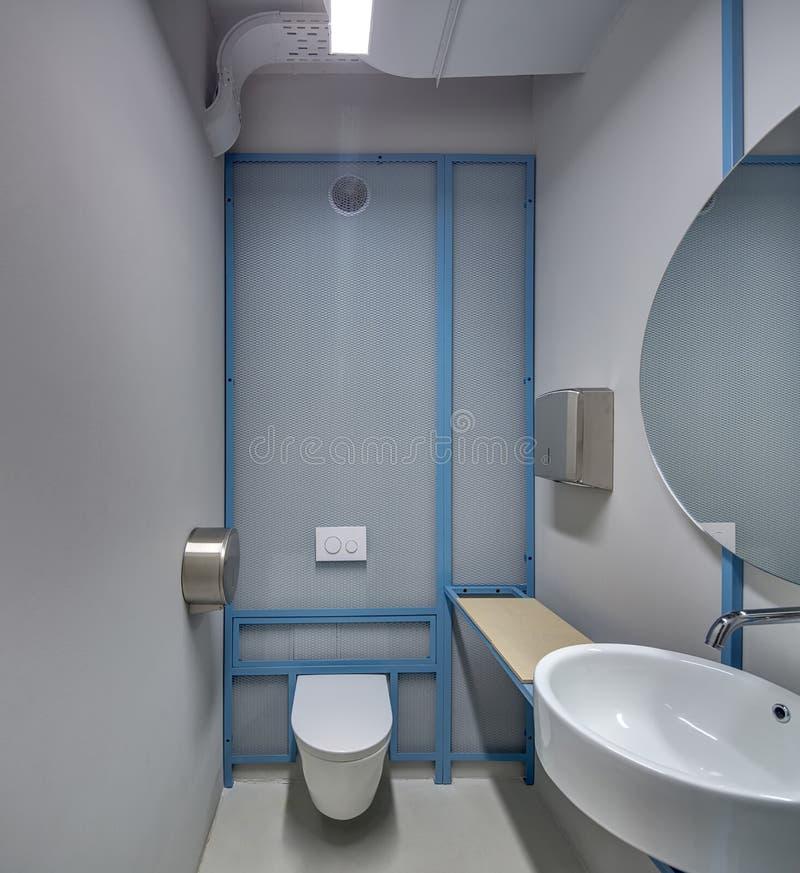 Toaleta w loft stylu fotografia stock
