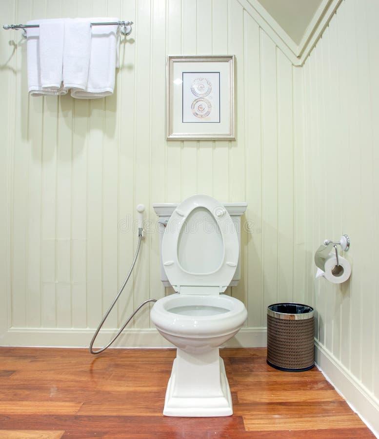 Toalete luxuoso fotografia de stock royalty free