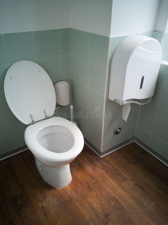 Toalete no escritório imagens de stock royalty free