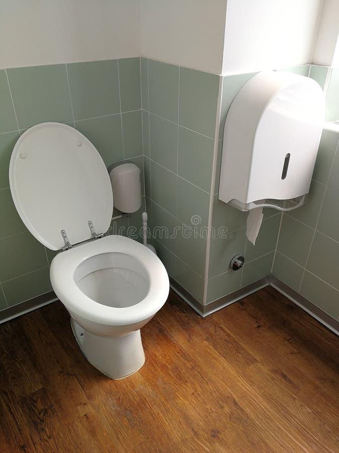 Toalete no escritório fotografia de stock