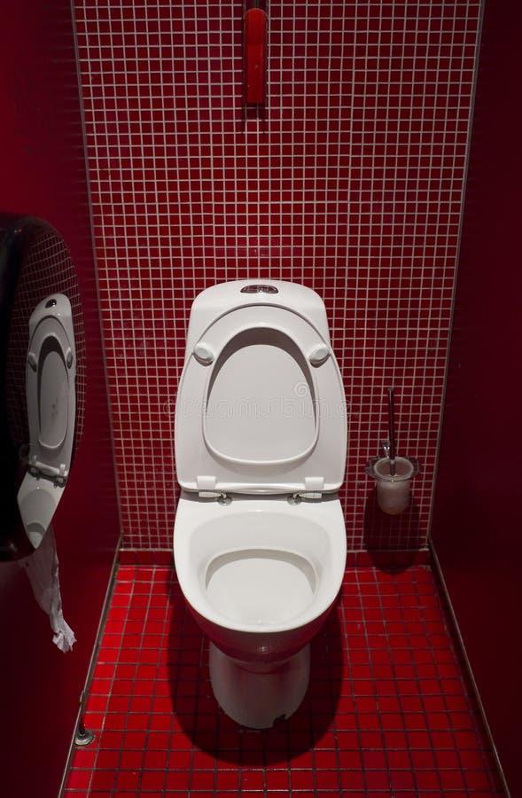 Download Toalete público foto de stock. Imagem de toalete, gabinete - 16868840