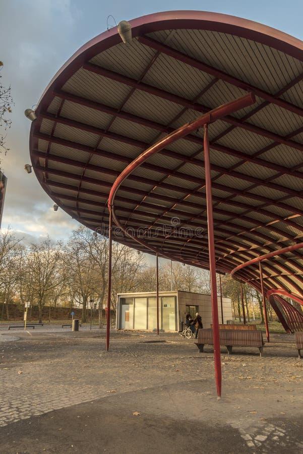 Toalete público Bargebrug Bruges dos publiques de Toilettes foto de stock royalty free