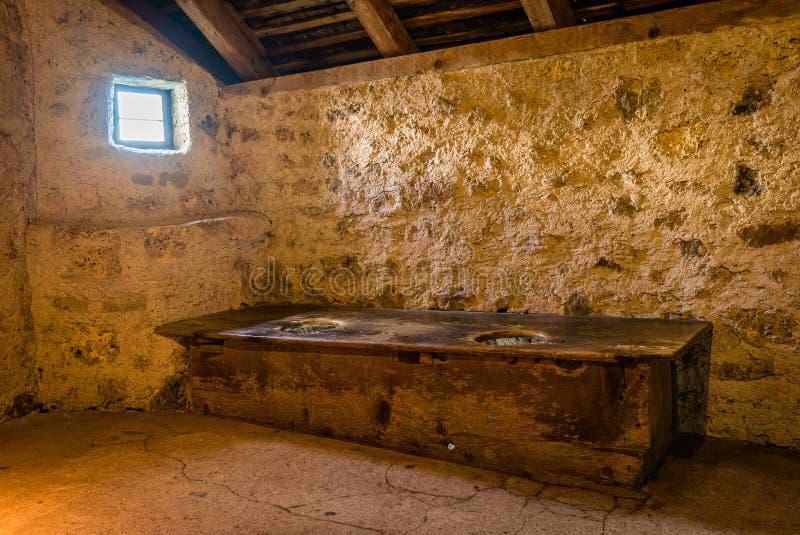 Toalett i medeltiden arkivbilder