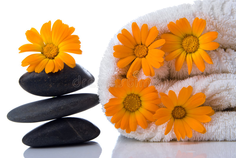 Toalha de pedra da flor dos termas foto de stock royalty free