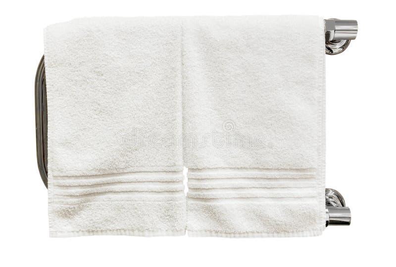 Toallas limpias que se secan en el carril de toalla heated aislado fotografía de archivo
