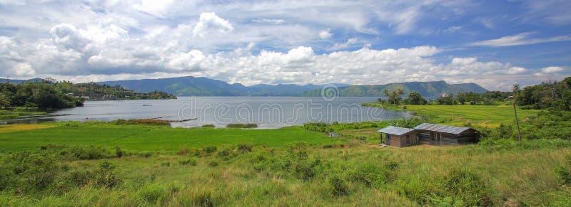 Toba湖的看法在印度尼西亚 免版税图库摄影