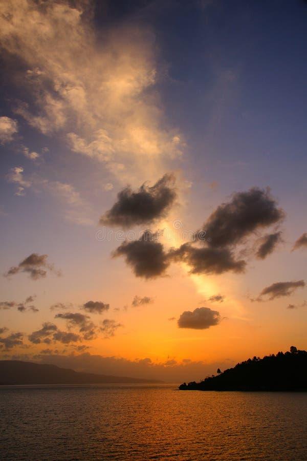 Toba solnedgång arkivbild