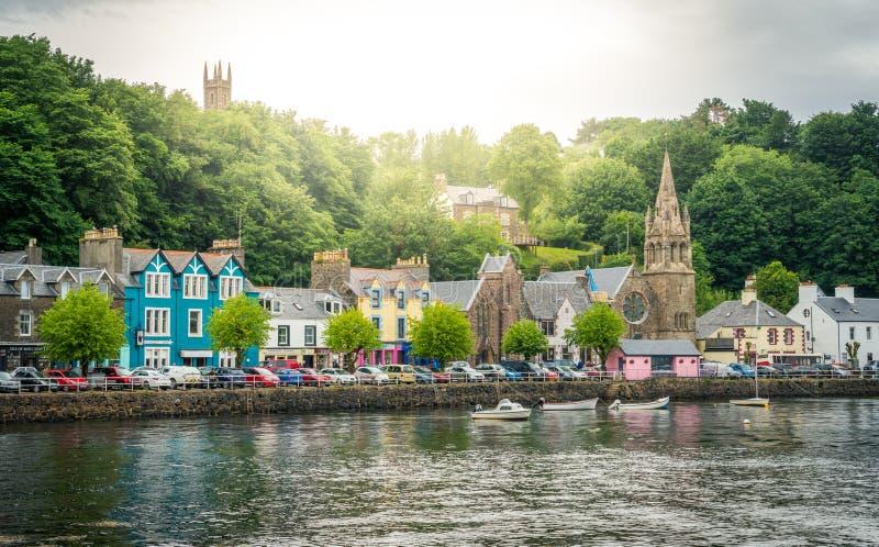 Tobermory在一个夏日,马尔岛的首都苏格兰内在Hebrides的 免版税库存图片