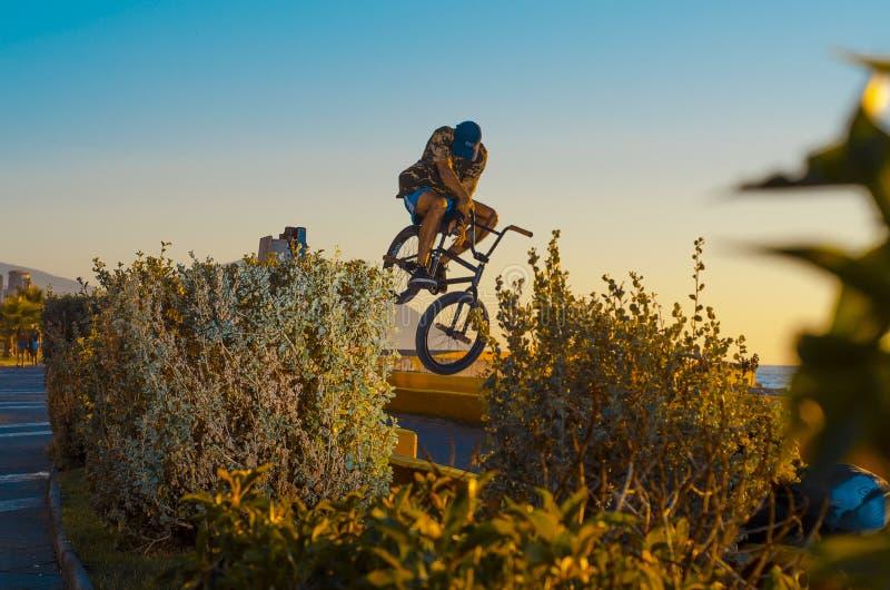 Tobogan-Radfahrertapete lizenzfreie stockbilder