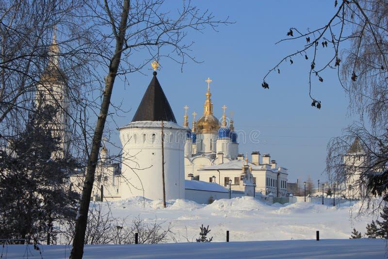 Tobolsk der Kreml, Tobolsk, Sibirien, Russland Ansicht vom Yermak-Garten lizenzfreie stockfotos