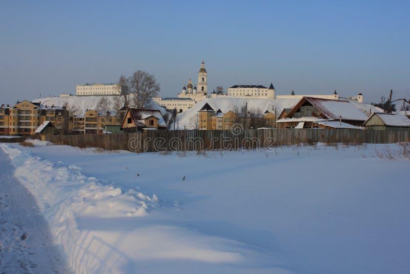 Tobolsk der Kreml, Tobolsk, Sibirien, Russland Sehen Sie den unteren Stadtteil an lizenzfreie stockfotografie