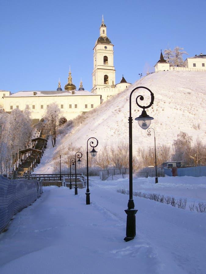 Tobolsk el Kremlin. Vista del vzvoz de Sofía y del Rentereya. imagen de archivo