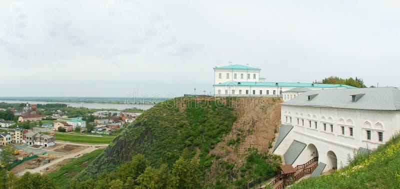 Tobolsk, panorama: poort, rivier, de stad van de Bodem royalty-vrije stock afbeeldingen