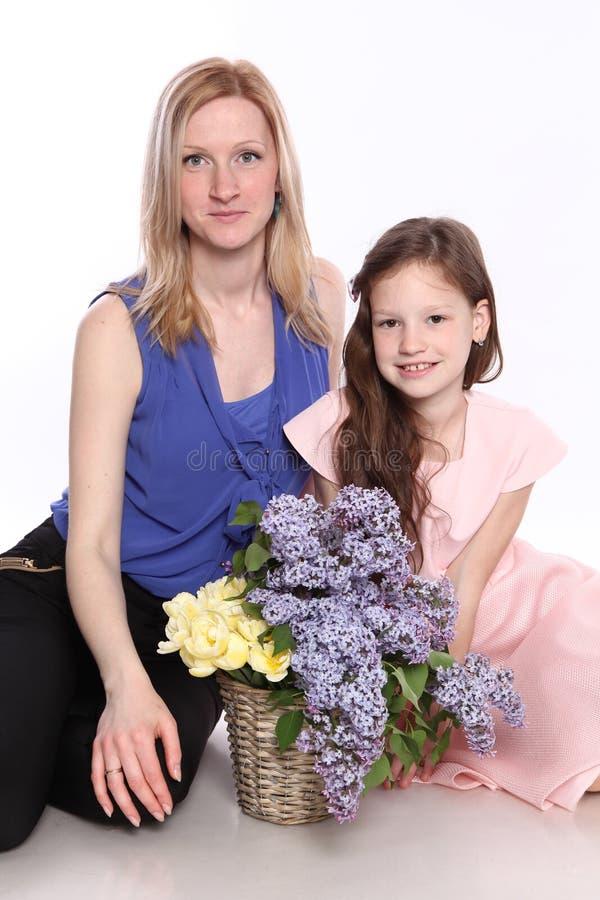 Tochter und Mutter stockbild