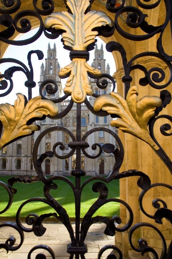 Toda la universidad y puerta, Oxford de las almas imagen de archivo libre de regalías