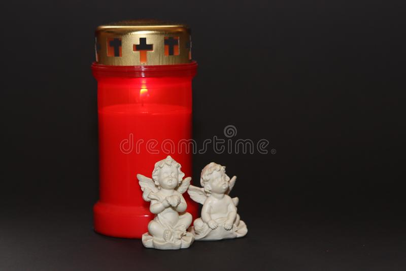 Toda a vela e anjo do dia de Saint fotografia de stock