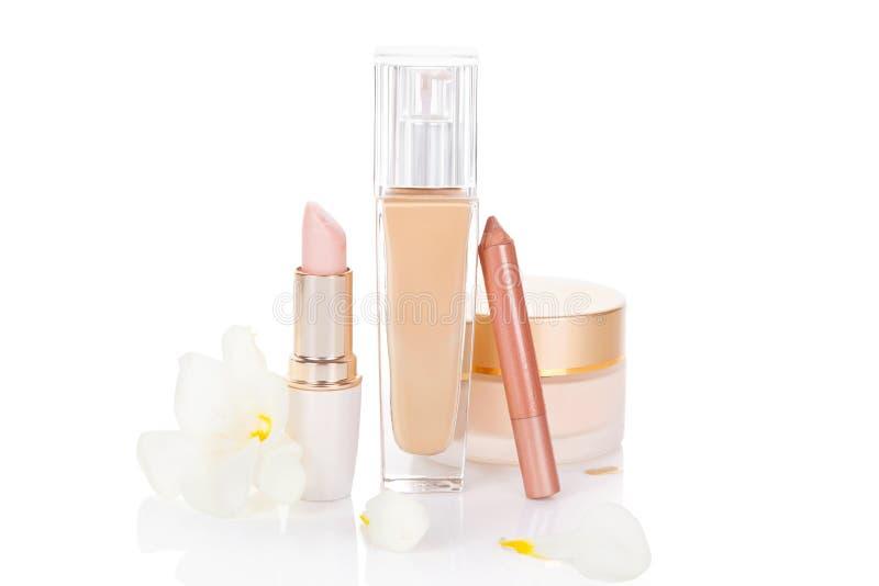 Todavía de los cosméticos vida beige. fotografía de archivo