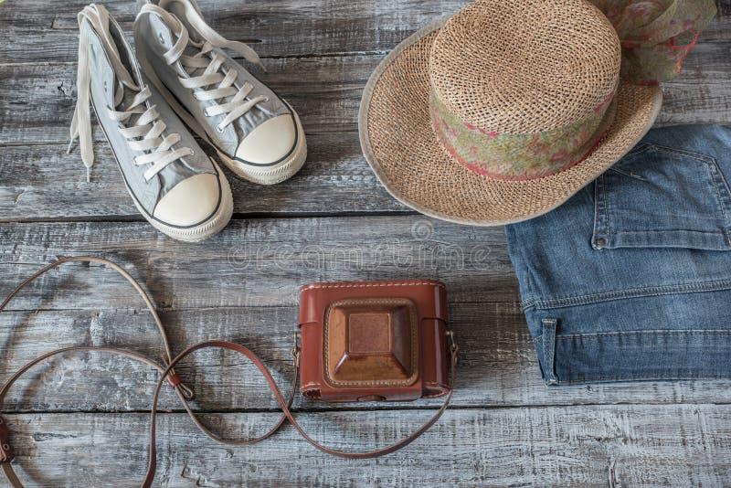 Todavía del vintage vida de la mujer/de la muchacha al azar de los objetos foto de archivo libre de regalías