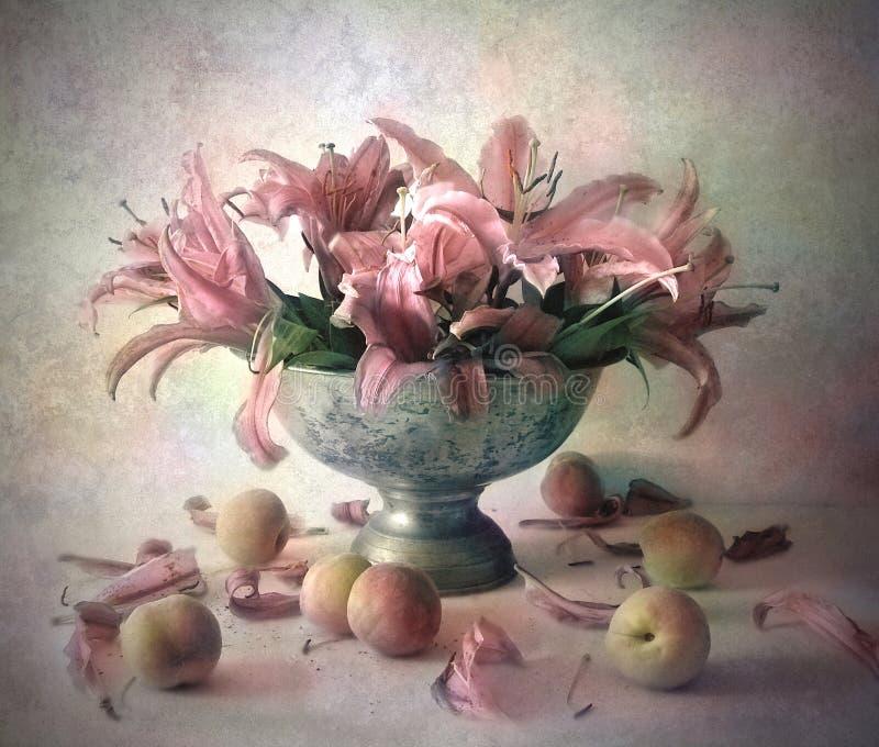 Todavía vida con las flores fotografía de archivo libre de regalías