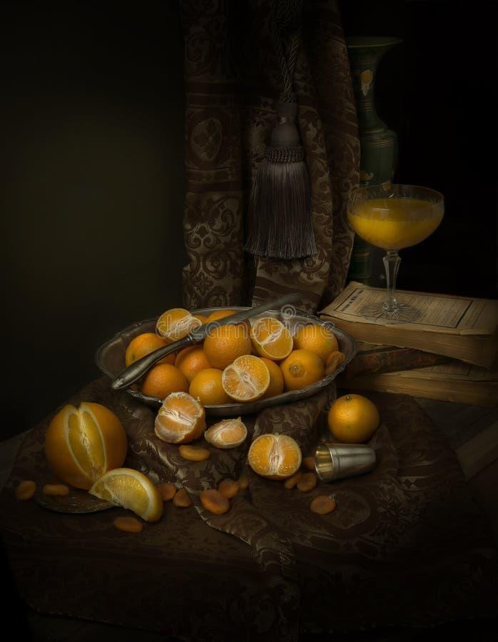 Todavía vida con las mandarinas fotos de archivo libres de regalías