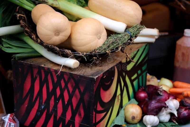 Todavía vida con las verduras del otoño foto de archivo