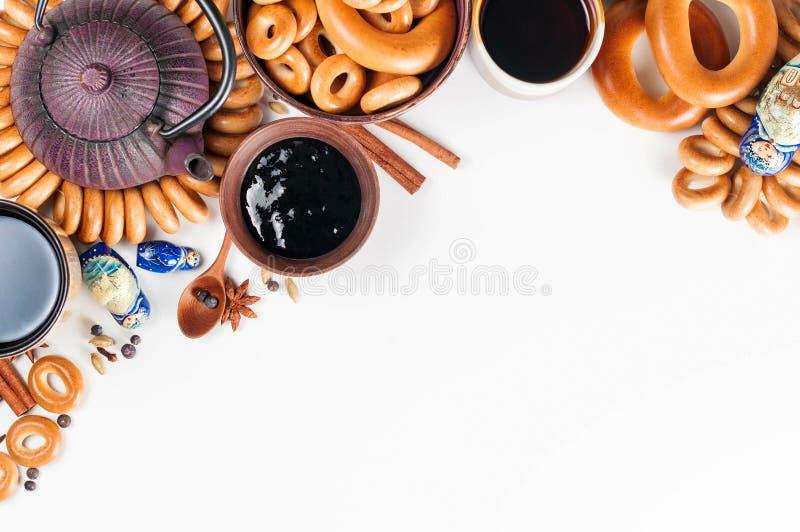 Todavía vida de la cocina ritual popular rusa Teaparty tradicional fotos de archivo