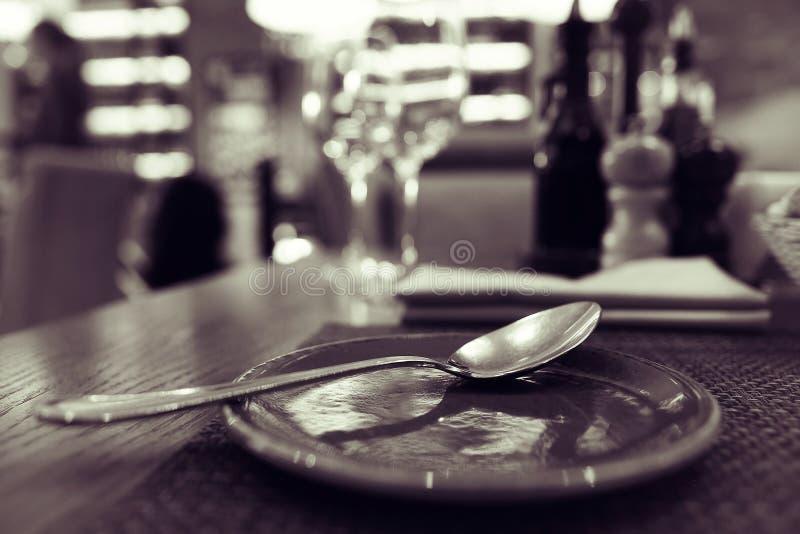 Todavía vida en restaurante imagen de archivo
