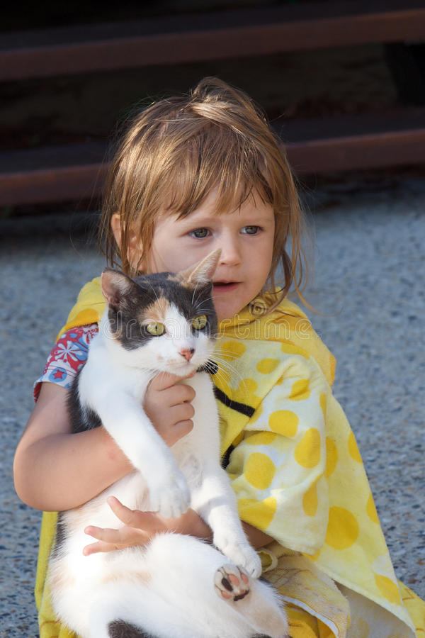 Toddler And Cat Royalty Free Stock Photos
